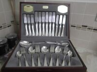 Viners Guild Silver Collection Parish Thread 44 Piece Cutlery Set, Excellent Condition