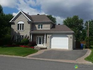 449 900$ - Maison 2 étages à vendre à Charlesbourg