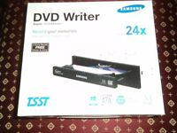 Samsung Brand, New Boxed. 24x CD/DVD Drive for PC