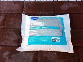 Wickes Powdered tile ground white 1.5kg