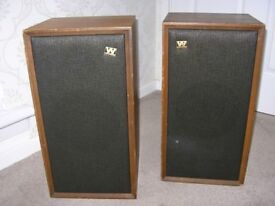 Wharfedale Super Linton vintage speakers, pair. One bass unit not working, replacements available
