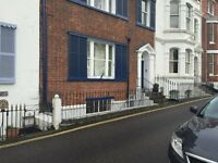 2 Bed Ground Floor Flat - Walking Distance Of Town and Sea Front