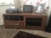 Tv unit-solid and sturdy good condition High quality piece