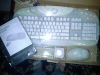 White Cordless Keyboard & Mouse