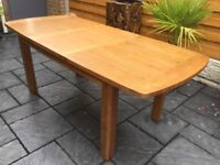 Willis & Gambia, Medium Oak Extending Dining Table, New / Boxed