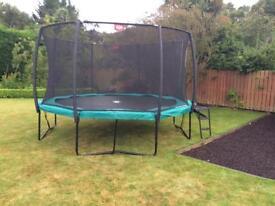 A trampoline/ berg/ inground