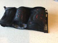 Skating pad set SFR AC760B triple pad set ages 8-13