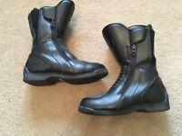 Akito Leather Motorbike Boots Size 7 worn twice waterproof