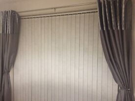 White washable vertical blinds