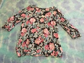 BRAND NEW. Bonmarche floral top. Size 16