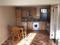 1 Bedroom Flat To Rent, Main Street, Tempo