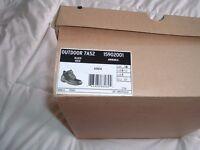 DR MARTENS air wair,steel toe cap work boots ,outdoor 7A52 ,uk size 10,brand new