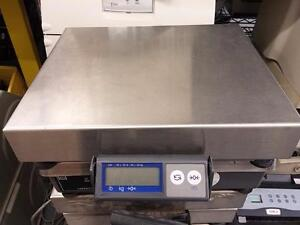 Mettler Toledo PS60 Scale 150LB. Max Capacity Stainless