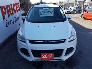 2013 Ford Escape SE BACK UP SENSORS, HEATED SEATS, BLUETOOTH