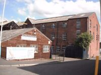 Business space to rent / let in friendly, affordable, secure Oldham complex.