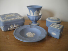 WEDGEWOOD JASPER WARE. FINE CONDITION