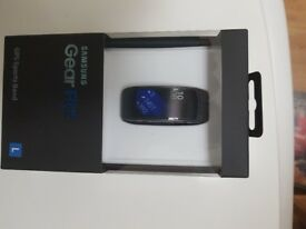 Samsung GearFit 2 GPS Sports Band Brand New Sealed