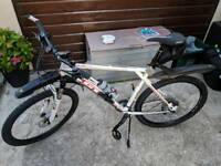 GT Avalanche bike brand new with loads of accessories