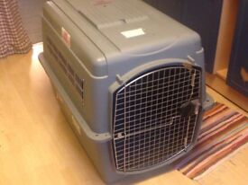 Large pet kennel, suitable for travel £30 (collect Finchley)