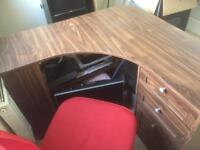 Desk and chsir