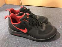 NEW Nike ACG Trainers Size 8.5 UK