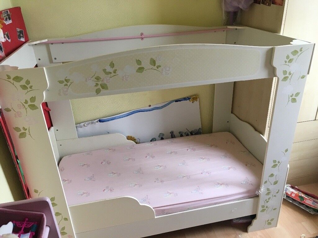 Toddler 4 poster bed
