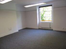 Large SEMI-SERVICED OFFICE to rent on Whiteladies, Bristol