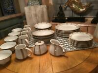 DENBY truffle layer 30 piece in excellent condition