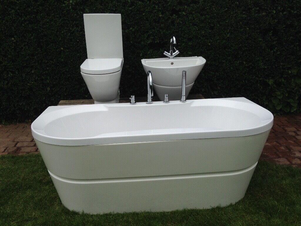 L Shaped Whirlpool Shower Bath B Q Rossini Bathroom Suite In Gravesend Kent Gumtree