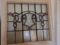 Very attractive stained glass internal door measuring 212 cm high, 82 cm wide and 4.5 cm deep.