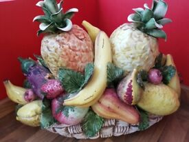 ⭐Beautiful Large Vintage Capodimonte Fruit Bowl for collection only⭐