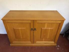 Solid Oak fitted sideboard.