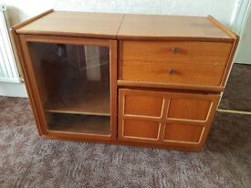 Mid Century Retro Vintage Parker Knoll Nathan Teak HiFi Media TV Turntable Unit