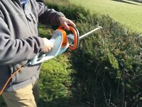 STIHL HSE 42 Electric Hedge Trimmer lightweight and comfortable EXCELLENT CONDITION 10m Cable