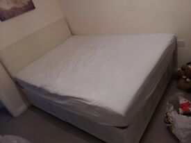Mint condition Double Divan Bed