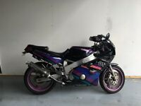 Yamaha fzr600 sports bike 600cc