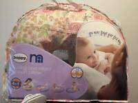 Baby feeding and support pillow