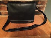Bose SoundDock Portable Black Messenger Travel Bag