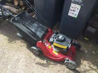 MOUNTFIELD SP164 39CM 100CC SELF-PROPELLED LAWNMOWER with grass box