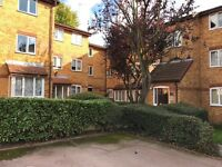 Great studio flat in Frien Barnet DSS accepted