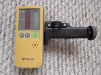Topcon LS-70c Receiver for laser level with cradle