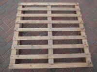 5 USED WOOD PALLETS ALL IN GOOD CONDITION