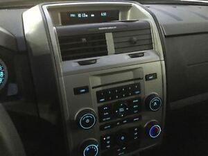 2010 Ford Escape XLT London Ontario image 15