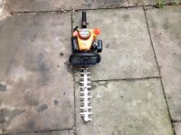 Tanaka Petrol Hedge Trimmers in Good Condition
