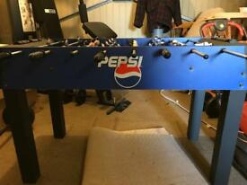 Pepsi max table football - sumo wrestler and Pepsi max players