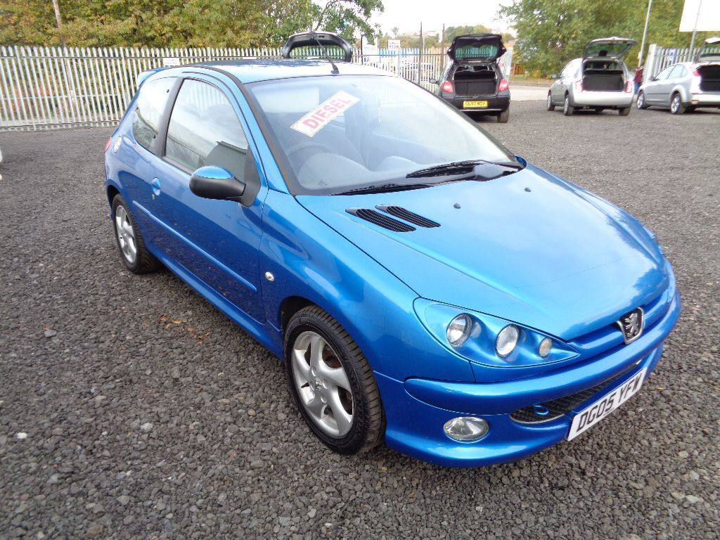05 peugeot 206 hdi sport diesel mot 21 04 16 excellent mpg low tax in coatbridge north. Black Bedroom Furniture Sets. Home Design Ideas