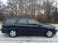 VAUXHALL VECTRA 1.8 CLUB ESTATE 2001 SERVICE HISTORY LONG MOT NICE CLEAN CAR-WE CAN DELIVER TO YOU
