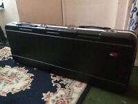 Very good conditions solid keyboard flight case
