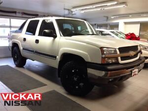 2005 Chevrolet Avalanche 1500 LIFT/RUBBER/WHEELS/LOW LOW KMS!!!