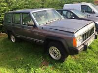 Jeep Cherokee /AMC